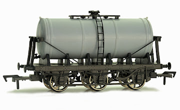 Photo: A21  Unpainted Milk Tanker