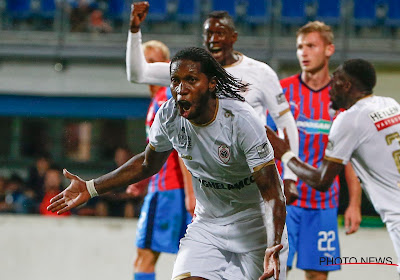 Dieumerci Mbokani évoque l'intérêt d'Anderlecht et d'autres équipes lors du mercato d'été