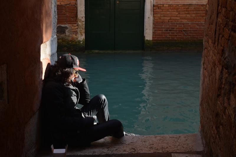 Bella e Triste come Venezia di Loris Pampolini