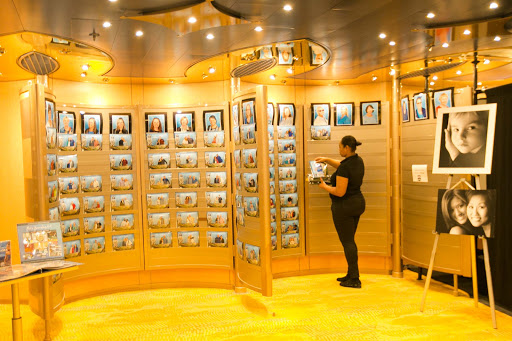 Cruise passenger portraits for sale on ms Oosterdam.