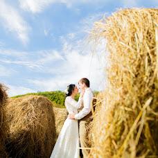 Wedding photographer Olya Permyakova (grafinja). Photo of 09.10.2015