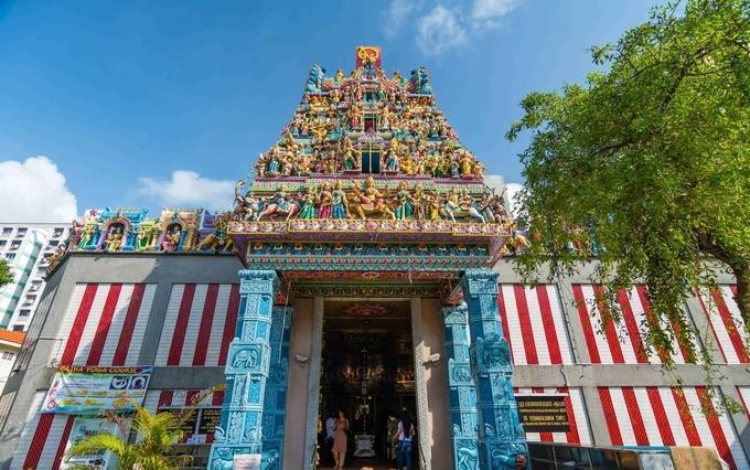 Sri Veeramakaliamman Temple - Little India Singapore iyaatra holidays