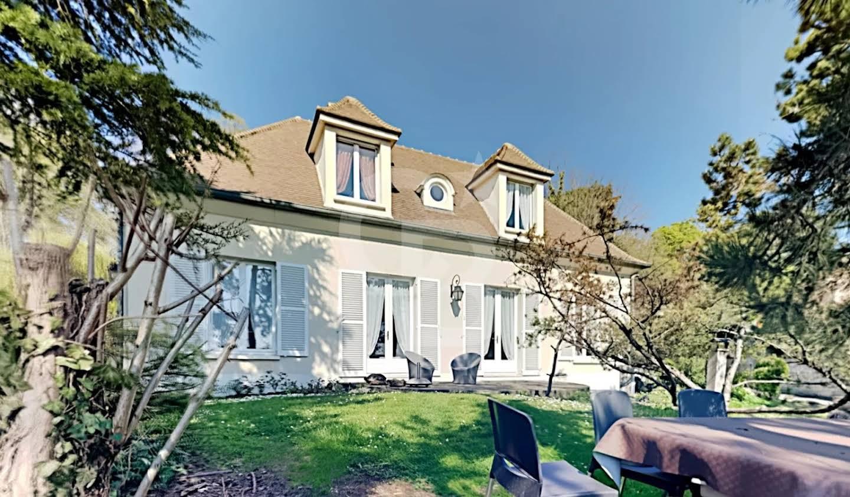Maison Le Mesnil-le-Roi
