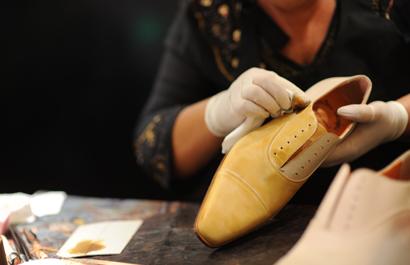 handmade-Santoni-bespoke-shoe.jpg