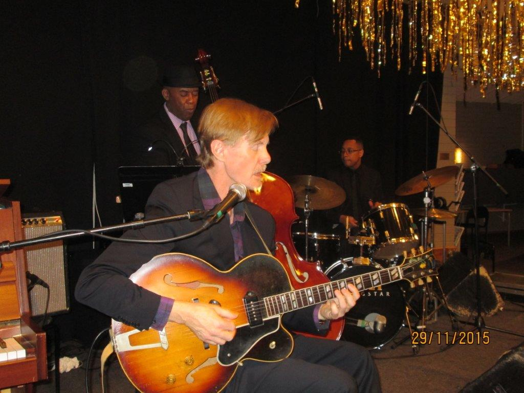 Tomas Janzon Trio 004.jpg