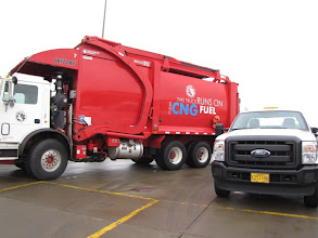Photo: Rogue Disposal and Recycling's CNG commercial waste truck runs 103 miles on a fill.