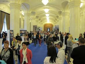 Photo: Rou3S127-151001Bucarest, Parlement, galerie d'honneur, traversée d'un cocktail d'entreprise IMG_8630