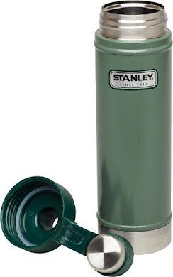 Stanley Vacuum Water Bottle: Hammertone Green, 25oz alternate image 4