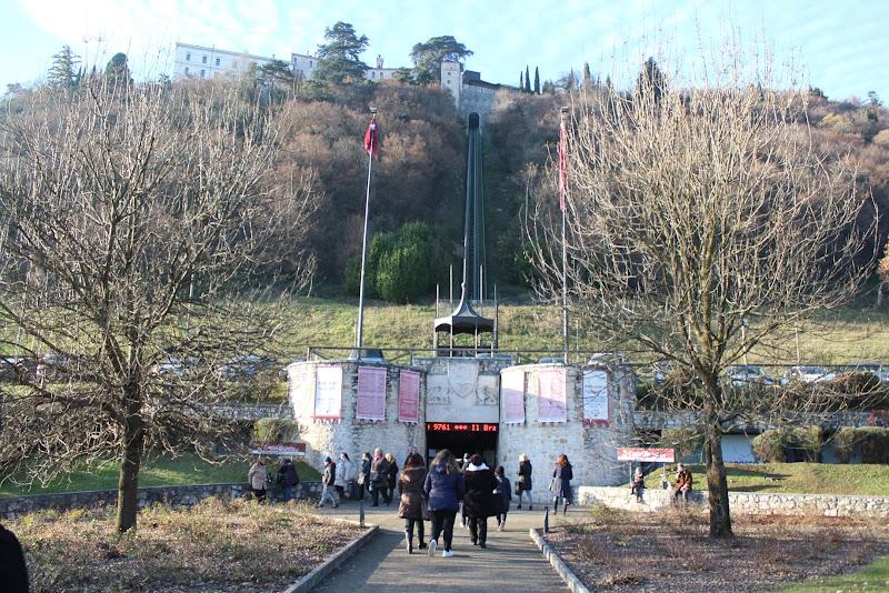 Verso il Castello di A.Monte