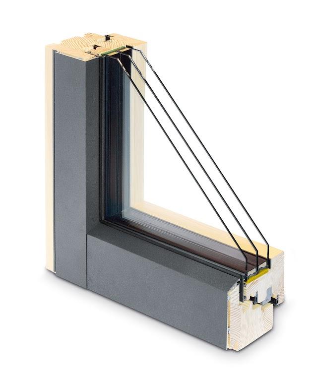 Na rynku dostępna jest bogata kolorystyka powłok elementów drewnianych okien.