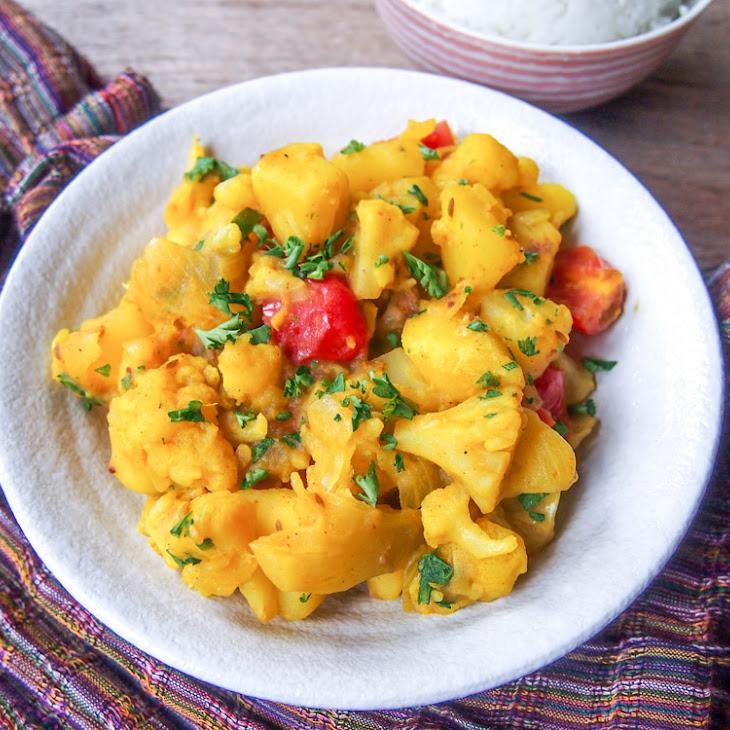 Aloo Gobi (Indian-Spiced Potatoes and Cauliflower)