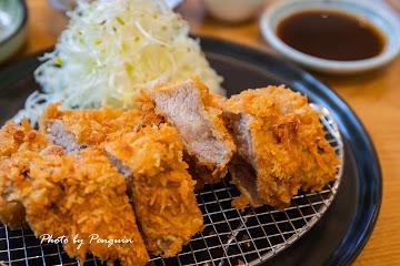 Akira 明 食堂 / 小西門時光驛棧