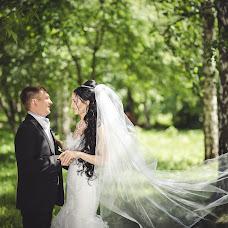Wedding photographer Mikhail Ageev (EmotionStudio). Photo of 14.08.2013