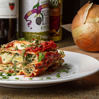 {Vegan} Crock Pot Lasagna.