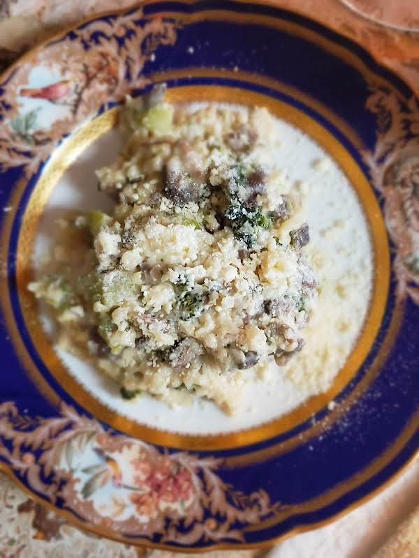 Cauliflower Rice Mushroom And Broccoli Risotto A Lo-carb Alternative To The Real Thing.