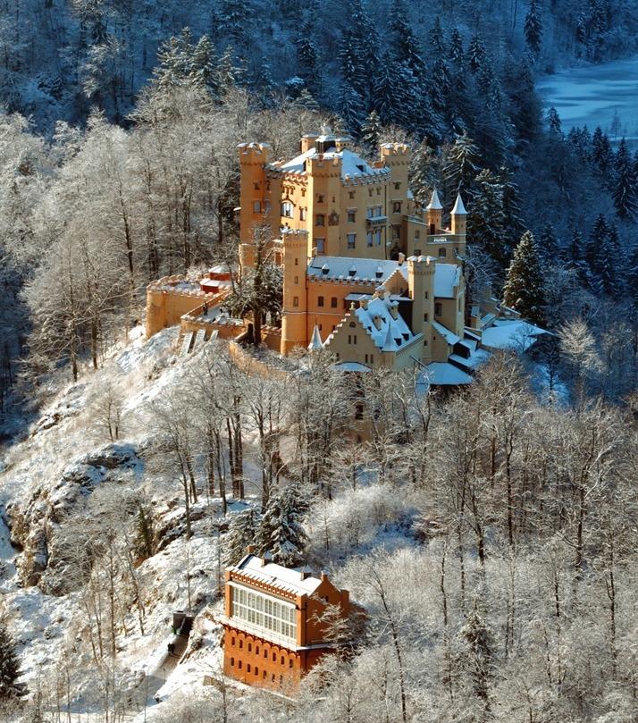 Замок Хоеншванґау