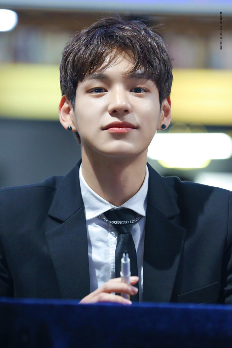 male kpop idol visuals 5
