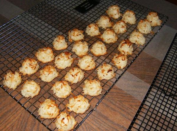 My Favorite Macaroons Recipe