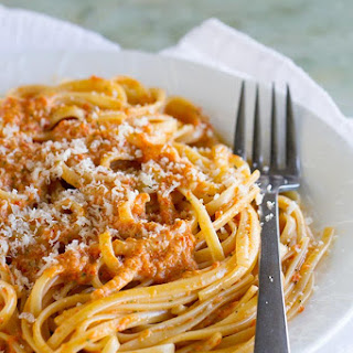 Roasted Red Pepper Pesto Linguine