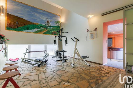 Vente maison 11 pièces 620 m2