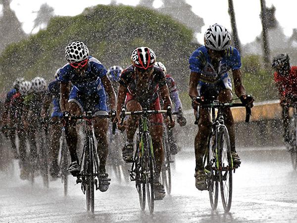 cycling-rain.jpg