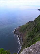 Photo: Флорес - спуск к морю./Flores - a steep path leads down to the sea