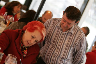 Photo: XIII Jornada Internacional de Comunicación Siglo XXI ¿Cómo salir juntos de la crisis? Firma de autógrafos