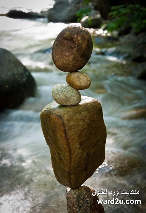 فن موازنه الاحجار للفنان Michael Grab