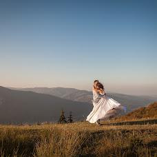 Wedding photographer Irina Kuzishin (tarasiryna). Photo of 08.10.2017