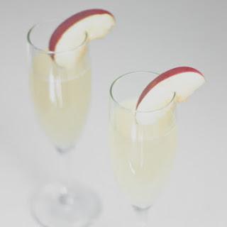 Fuji Apple Sparkling Cocktail