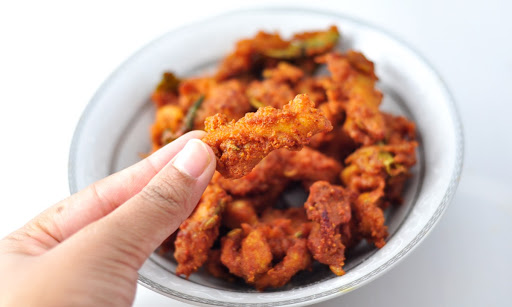 crispy chicken pakora