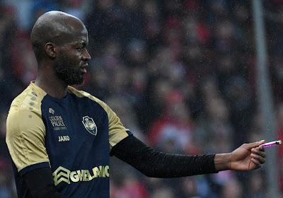 """Voormalig ploeggenoot Geoffry Hairemans neemt het op voor Didier Lamkel Zé: """"Enkel de club kan hem opgeven"""""""