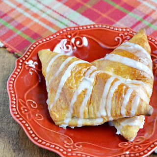 Easy Apple Crescent Turnovers