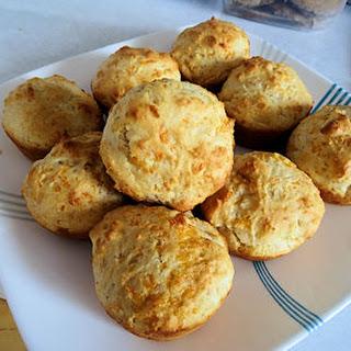 Sourdough Cheese Muffins