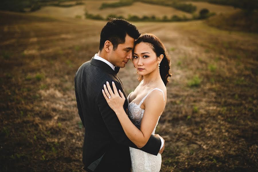 Fotografo di matrimoni Simone Miglietta (simonemiglietta). Foto del 17.11.2019