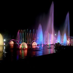 by Francis Edroso - City,  Street & Park  Amusement Parks