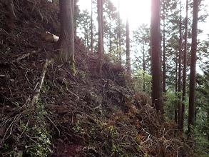 急斜面は右にトラバース