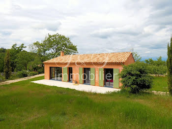 villa à Auribeau (84)