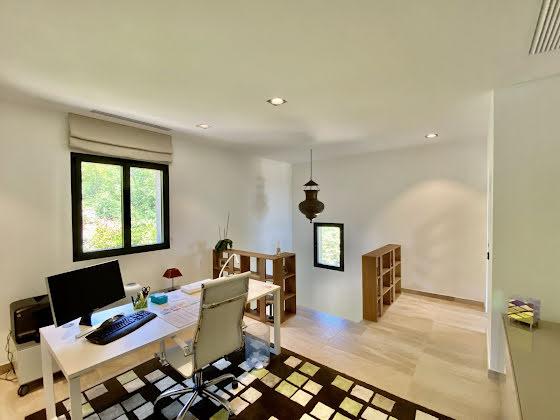 Vente villa 5 pièces 260 m2