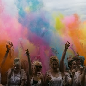 Colour explostion by Karen Shivas - City,  Street & Park  Street Scenes ( colour, red, blue, pink, yellow, holi, people )