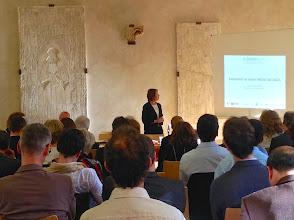 Photo: Lancement du projet MOOC SILLAGES par Nathalie VAN DE WIELE, coordinatrice de SILLAGES
