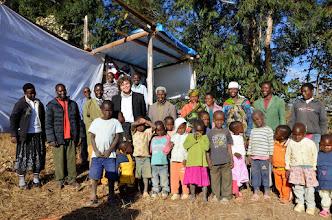 Photo: Tým na site v Nyololo.