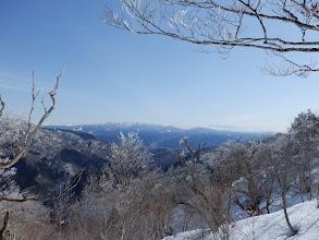 右から木曽御嶽山、鷲ヶ岳、北アルプス