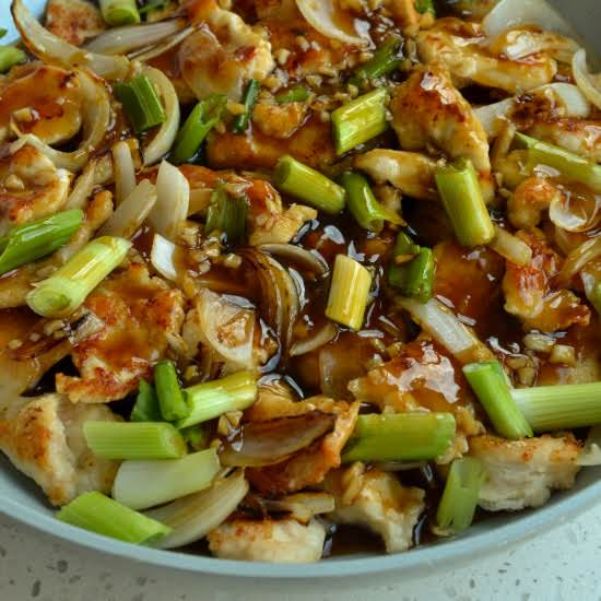 This Quick And Easy Mongolian Chicken Combines Crisp Stir Fried Chicken With Sweet Onions And Scallions All In A Mouthwatering Good Sweet And Salty Sauce.   Make Some For Your Family This Evening And Soak Up The Compliments.