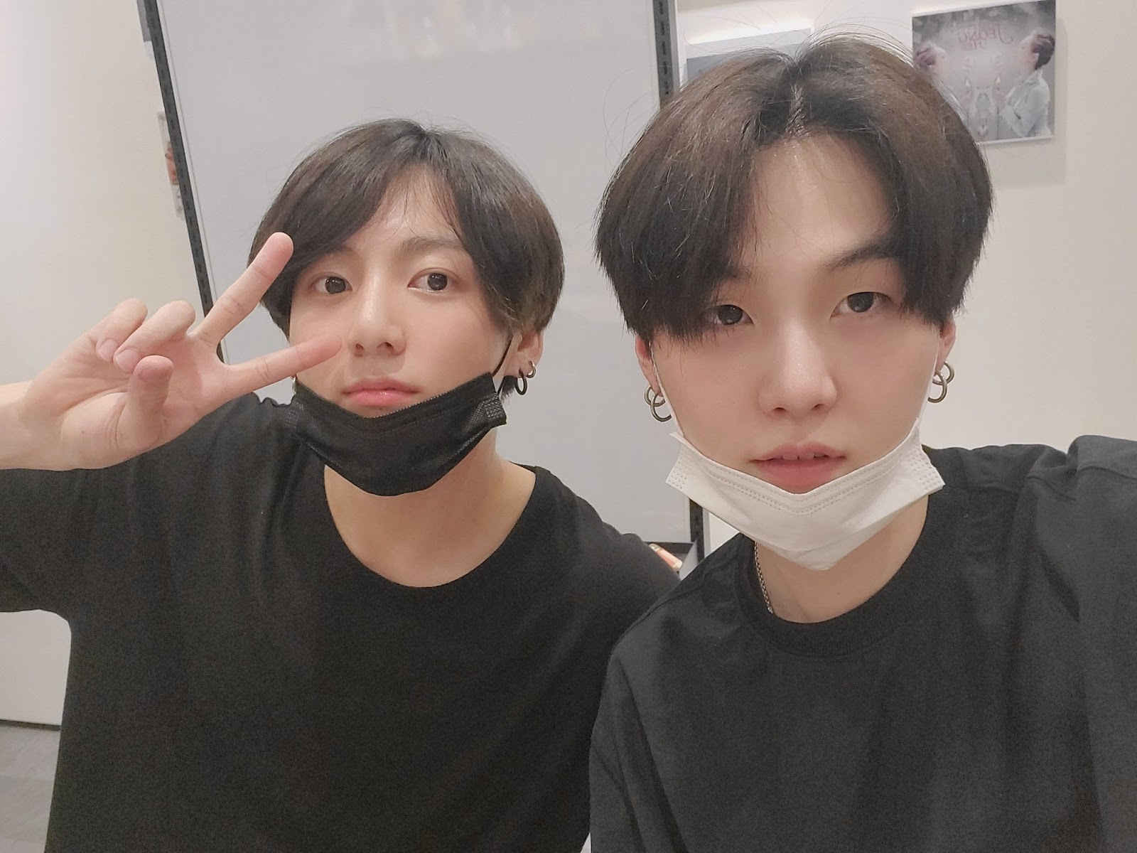 bts-jungkook-appears-on-sugas-honey-fm-still-with-you-singer-apologises-to-army-for-itaewon-outing-incident