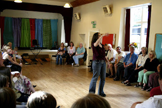 Photo: The Big Sing Workshop with Jo Sercombe © The Priston Festival 2009, photo: Richard Bottle