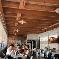 勻淨湖法式餐廳