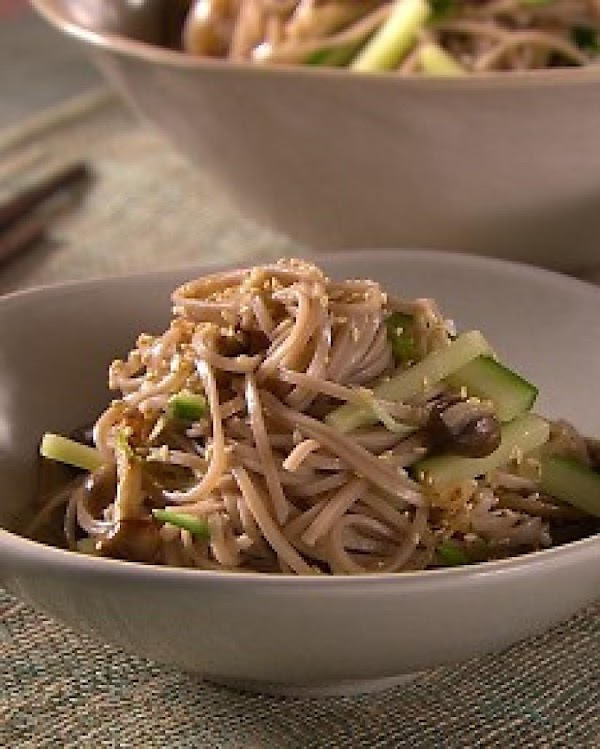 Soba Salad (by Mad Hungry Lucinda Scala Quinn) Recipe