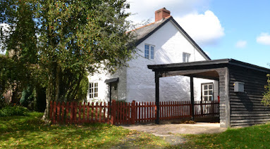 Detached country cottage