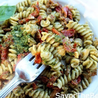 Pesto Pasta with Prosciutto and Sun Dried Tomatoes